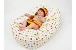 Pelíšek pro miminka, kojenecký relaxační polštář LOUKA oranžová 2